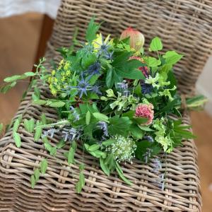 guiさんのお花で束ねたbouquet