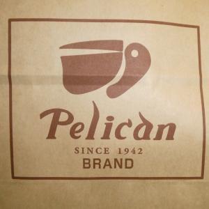 今度は ペリカンの 食パンとロールパン いただいちゃいました(^。^)