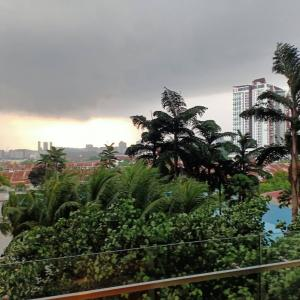マレーシアは雷が多い国、それにしても今日の雷は凄い