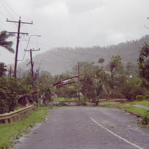 台風が近づいています。 災害に備えましょう。