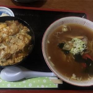 竹はしのカツ丼とラーメンのセット