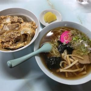 洋光食堂のカツ丼と半ラーメンセット