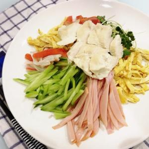 【豆知識】夏に食べたくなる冷麺と冷やし中華の違い、知ってますか?