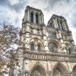 パリ・ノートルダム大聖堂の歴史【行く前に知っておきたい!】