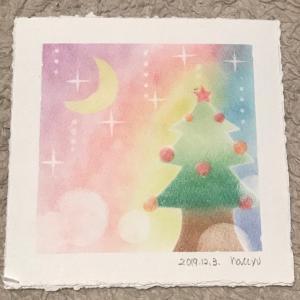 パステルでクリスマスツリーとリース