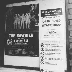 今からBAWDIESのライブです!