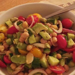 子宮がん検診と、ひよこ豆のサラダ