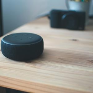 Amazon Echo Dot(エコードット)第3世代が999円だったので購入した「アレクサ、音楽かけて」