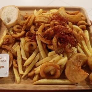 芋女のローディッドポテト@リーブス商会カフェ ヒラカタ支店(ひらかたパーク・マジカルラグーンキッチン)