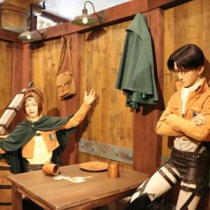 リヴァイとハンジのクロノイド@進撃の巨人 調査兵団の食堂(USJ)