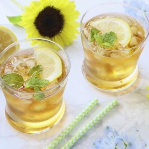 海外でも大人気の【コンブチャ】とは?飲み方についてもご紹介!
