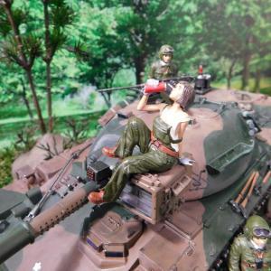 陸上自衛隊74式戦車 フィギュアとディスプレイベース ~その3~