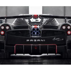 【画像・動画あり】『800馬力、3億8,000万円―パガーニ「Huayra Roadster BC(ウアイラ ロードスター BC)」』