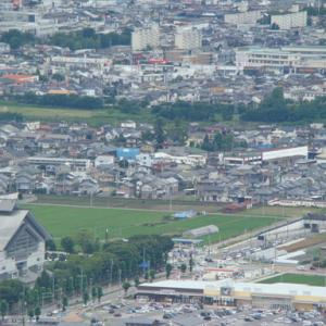 大岡山からの俯瞰 千歳の街並みを出る