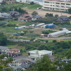 大岡山からの俯瞰 楯山小学校の傍を通る