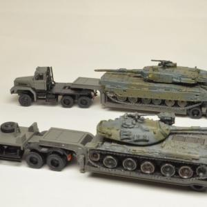 Nスケール1/150塗装済み完成品模型 TOMYTEC ザ・トレーラーコレクション 第7弾  陸上自衛隊 中型セミトレーラタイプ ボンネット型重トレーラータイプ