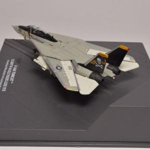 1/144   F-14A アメリカ海軍 第84戦闘飛行隊 ジョリーロジャース 1978年 AJ203翼も動かせます。(^^)