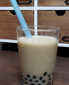 人気のタピオカミルクティーが家で楽しめる 【業務スーパーの冷凍タピオカ】