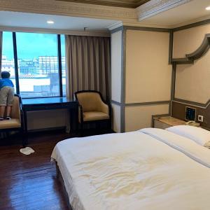 台中ホテル 東協広場『寶華商旅First Plaza Hotel』に24泊してみた。いろいろ許せるなら駅近でコスパ抜群のホテル。