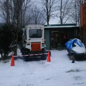 真冬日かな 寒い熊牛 昨日 タイヤショベル出動