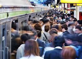 満員電車による通動が無いから最初は在宅勤務を歓迎したが・・・ やっぱり飽きるらしい。