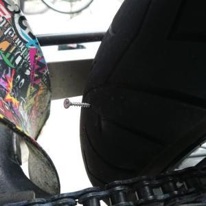 【チューブタイヤ】パンク!?タイヤからの空気の漏れを確認する方法