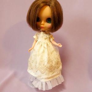 Apron and dress/ブライスさんのエプロンとドレス