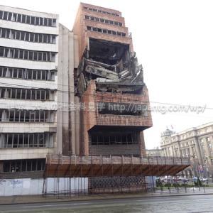 2019セルビア3 ベオグラードで「NATO空爆ビル」こと旧国防省ビルをしげしげと眺めた後、新旧2つの聖堂でセルビア正教会の現在を感じた件