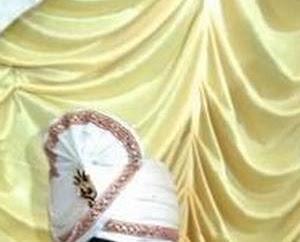 結婚式のダンスで新郎突然死