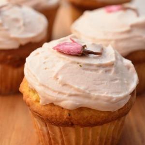桜の頃に作りたい 桜尽くしの焼き菓子2種 桜スコーン&桜マフィン