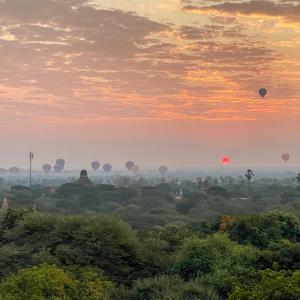 ミャンマー バガン遺跡の旅(4) 熱気球遊覧(前編)