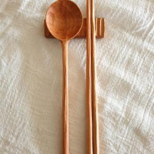 紆余曲折の手彫りスプーンとお箸