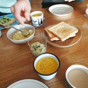かぼちゃスープと玉子サンド