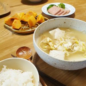 身体に染み渡る、干し鱈と豆もやしのスープ