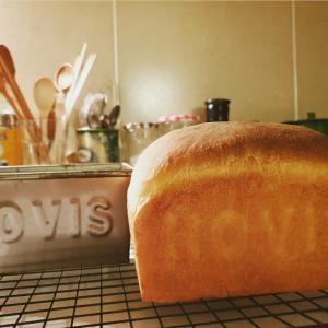 2回目のパン焼きと、子供服のおなおし