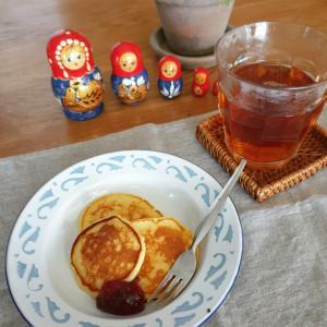 ロシアのチーズパンケーキでおやつ