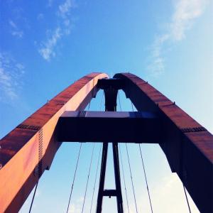 【一日一枚写真】鋼鉄のアーチ【スマホ】