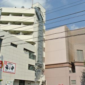 【建物好きの方へ】「壁面が斜めの建物」の謎