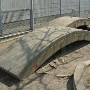 【都市伝説好きの方へ】都営新宿線の千葉県側を守る扉とは何か?