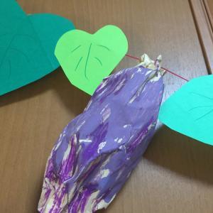 【2歳4歳育児】10月の壁面製作②【季節を感じる家庭学習】