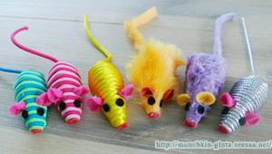 お気に入りのおもちゃを選んでね!