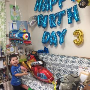 息子の誕生日、黒助と滝哉くん。