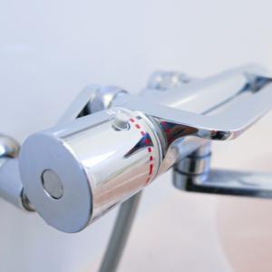 【迷わせる水道の蛇口】どっちがお湯でどっちが水?デザインの標準化とは