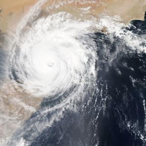 【本日の豆知】台風と熱帯低気圧の違いは?