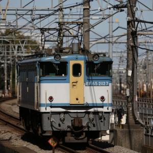 EF65 2127、DORAEMON-GO!、E235系1000番台 J-05配給