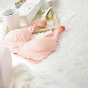 【妊娠中・授乳中ブラ】ジニエブラはきれいなバストをキープするジーニアス・ブラだった!
