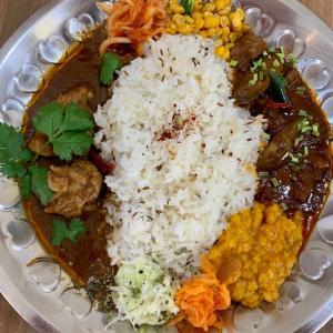 福岡🍛六本松カレチネ「大人のスパイス、辛味は痛覚。マンゴーで癒す。」