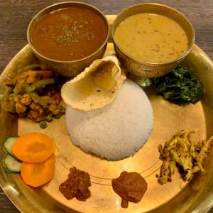 北九州 黒崎🍛スパーシーキッチン ゴルカ「ネパール料理🇳🇵心温まる熱々のダルバート。」