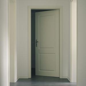 【間取り改善①】人にぶつかる開き戸発見。引き込み戸に変更!