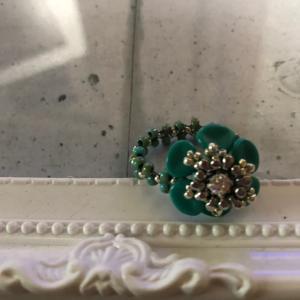 お花の素敵指輪を作成しませんか?